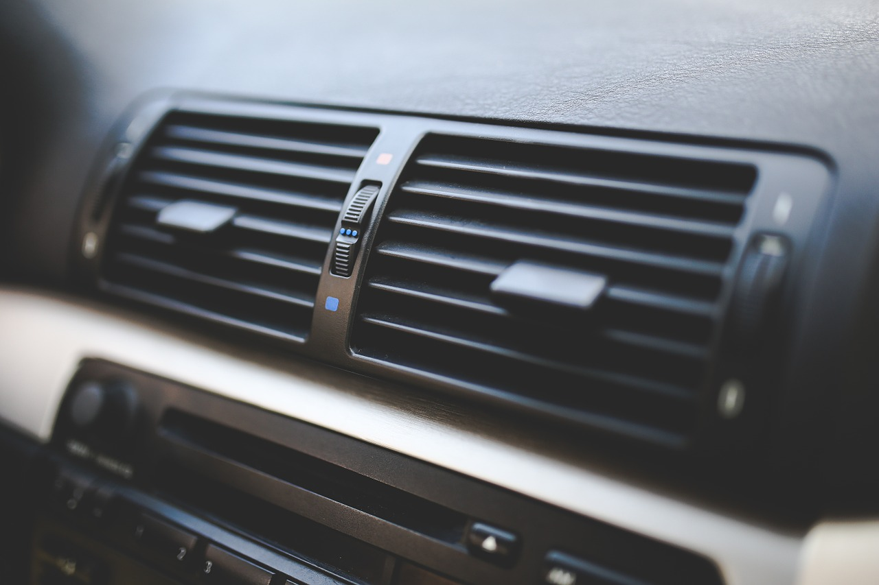 5 Signs It's Time for Car Air Conditioning Repair or Service
